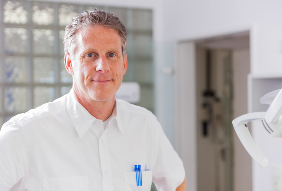 Dr. Patrick. Anschütz, Zahnarzt